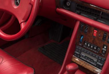 Mercedes-500-SEL-1983-02