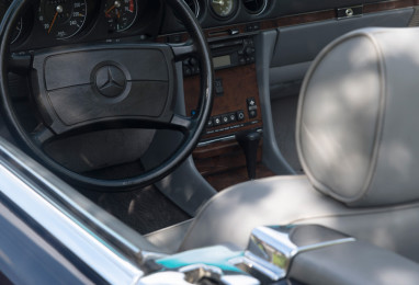 Mercedez-500-SL-1988-03